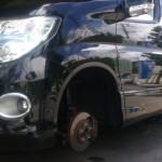 エルグランド:タイヤ交換(純正タイヤサイズ215/60R17)