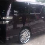 ヴェルファイア(ハイブリッド)タイヤ&ホイール交換:タイヤサイズ245/30R22