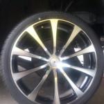 ホンダ:クロスロード:20インチタイヤ交換タイヤサイズ245/35R20